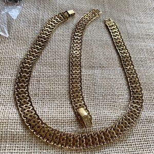 Monet vintage gold necklace and bracelet